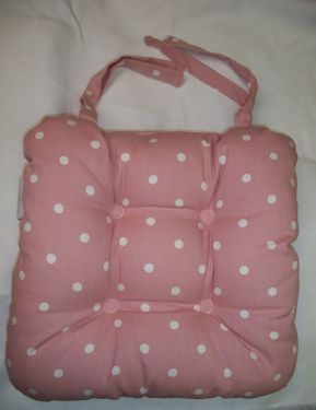 DOTTY PASTEL PINK CHAIR SEAT PAD 100% POLYESTER INNER £6.99 EACH FREE POSTAGE